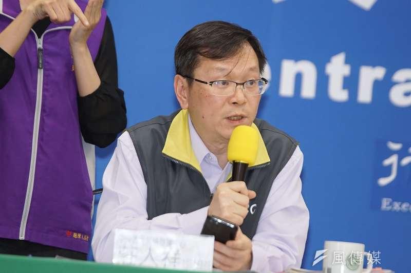 中央流行疫情指揮中心社區防疫組副組長莊人祥。(盧逸峰攝)