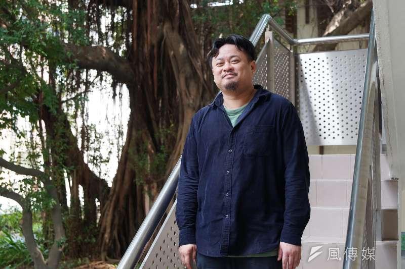 20200325-立委洪申翰接受《風傳媒》專訪。(盧逸峰攝)