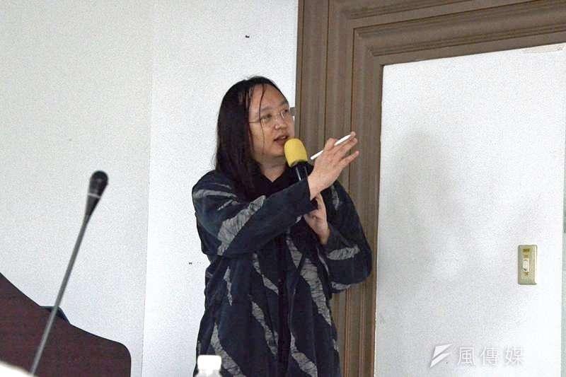唐鳳3月31日至世新大學分享口罩政策。(圖/劉美佳攝)