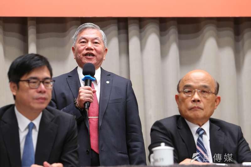 20200402-經濟部長沈榮津2日出席行政院臨時院會後記者會。(顏麟宇攝)