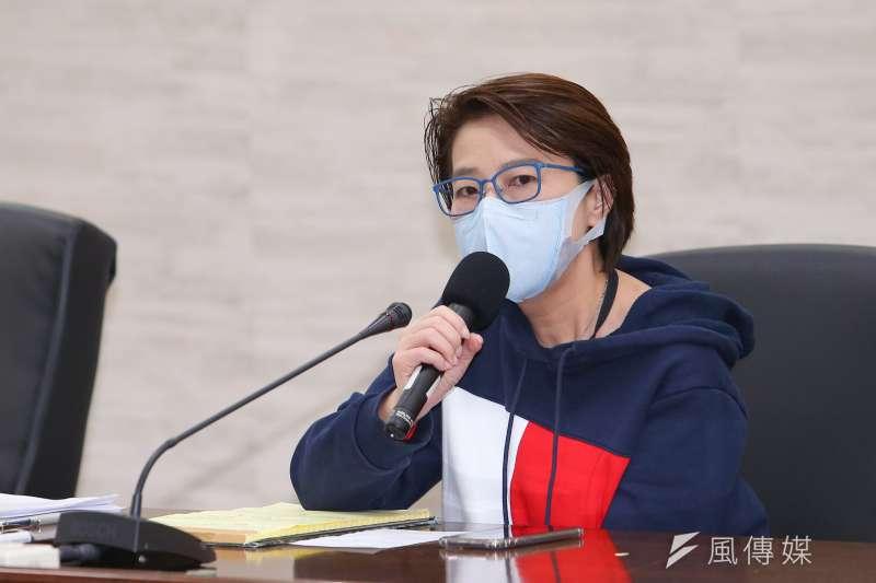 台北市副市長黃珊珊3日於疫情會報後召開記者會,強調台北市對於確診者有做完整疫調檢查,民眾不必恐慌。(顏麟宇攝)