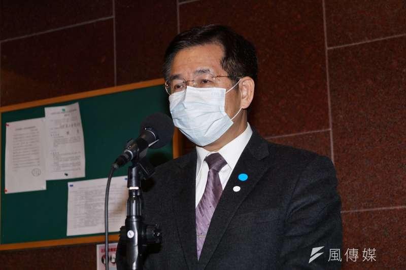 20200406-教育部長潘文忠6日於立法院受訪。(盧逸峰攝)