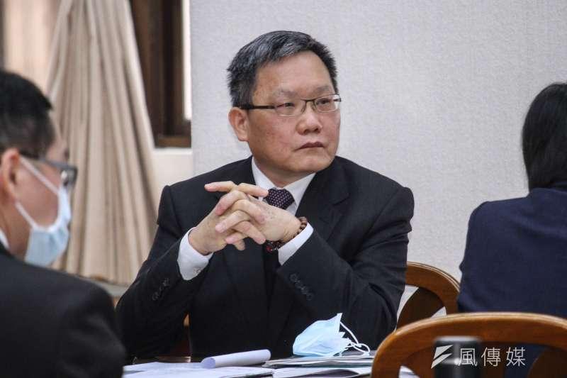 財政情勢反轉,財政部長蘇建榮說今年負債可能會創10年新高。 (蔡親傑攝)