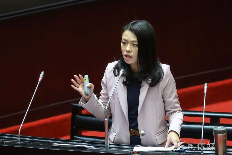 20200407-民眾黨立委高虹安7日於立院質詢。(顏麟宇攝)