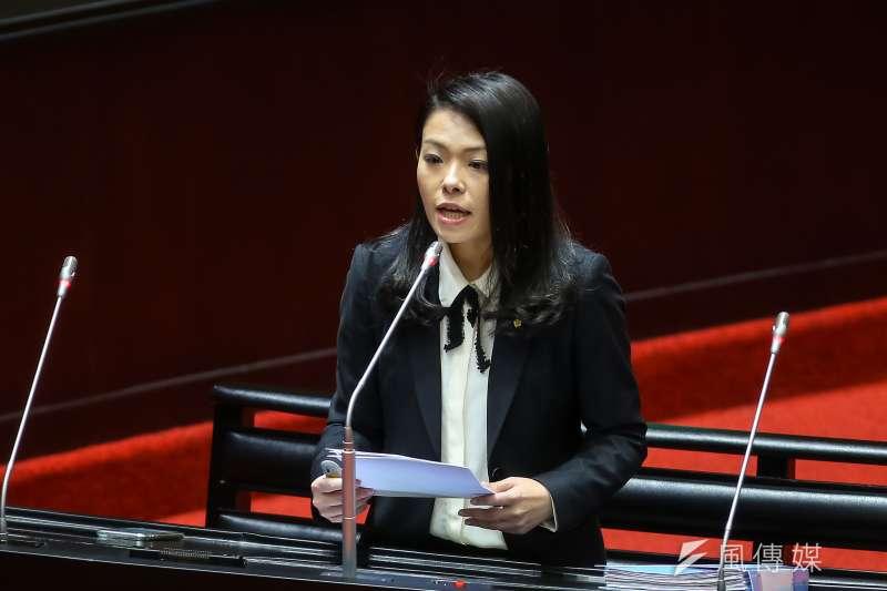20200410-民眾黨立委高虹安10日於立院質詢。(顏麟宇攝)