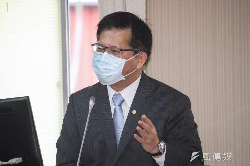 20200415-交通部長林佳龍出席立院交通委員會備詢。 (蔡親傑攝)