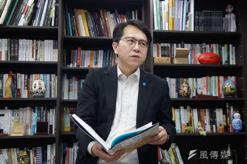 民進黨立委邱志偉(見圖)關注推動台灣版權國際行銷計畫的行銷績效。(盧逸峰攝)