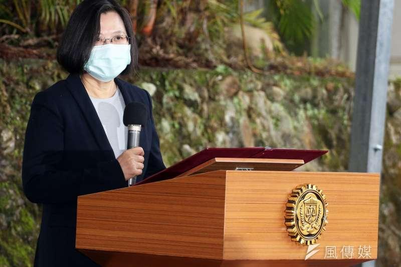 20200424-總統蔡英文親自出席「資安工作站」揭牌典禮。(蘇仲泓攝)