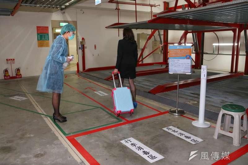 20200425-台北市防疫旅館旅客入住消毒配圖。(顏麟宇攝)