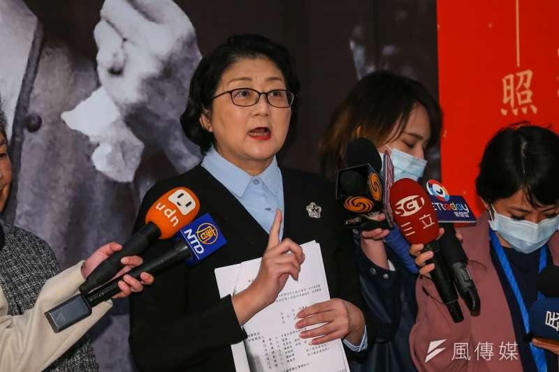 婦聯會想轉為「社會團體」未獲回音,內政部直接廢止其立案,婦聯會主委雷倩表示強烈遺憾。(顏麟宇攝)