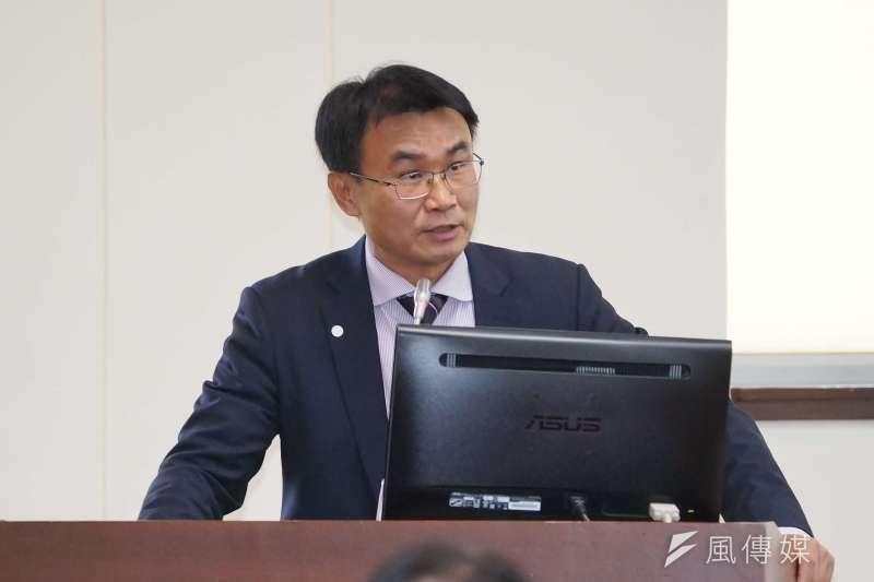 農委會主委陳吉仲回應砍樹種電政策。(資料照片,盧逸峰攝)