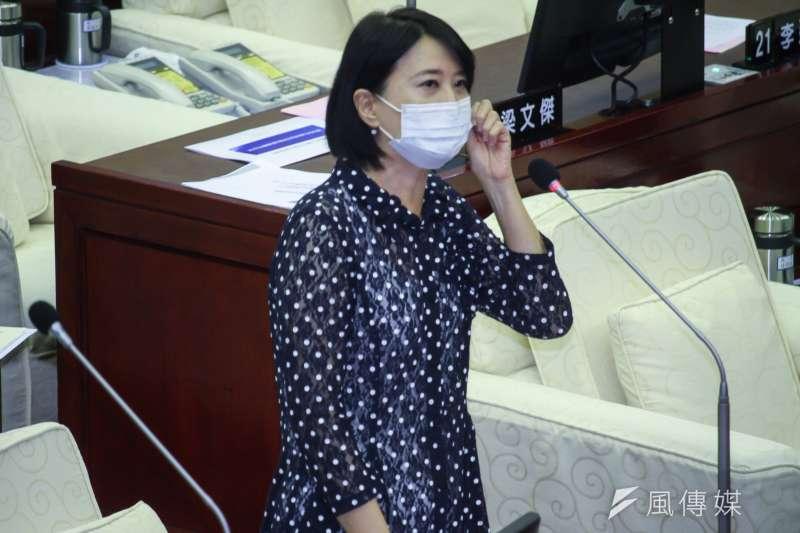 台北市議員王鴻薇近日受邀上中國《央視》節目《海峽兩岸》,其言行舉止引發不少議論。(資料照,蔡親傑攝)