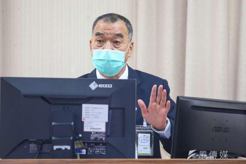 國安局長邱國正7日於外交國防委員會備詢,並針對近期中油等大型事件遭駭事件進行說明。(顏麟宇攝)