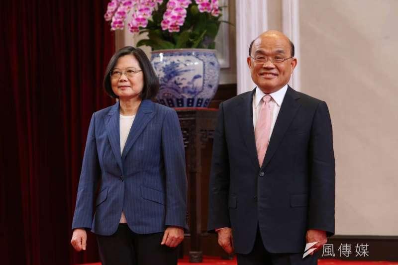 20200508-總統蔡英文(左)8日宣布行政院長蘇貞昌(右)將續任閣揆。(顏麟宇攝)