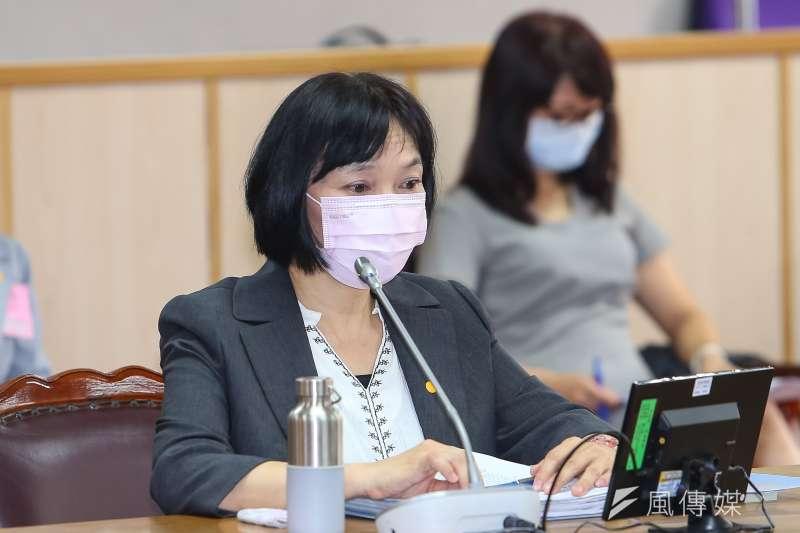 20200511-促轉會主委被提名人楊翠11日出席立院司法法制委員會。(顏麟宇攝)