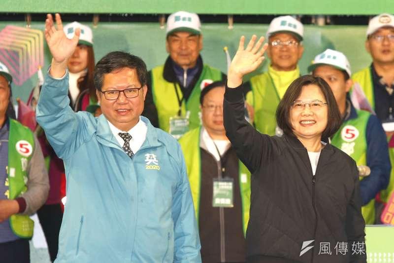 鄭文燦(左)目前在「小英接班人」的競爭上來勢洶洶。(郭晉瑋攝)