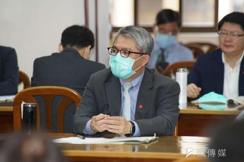 台灣民眾黨批罵人蟑螂的內政部次長花敬群(見圖)已不適任,應知所進退。(資料照,盧逸峰攝)