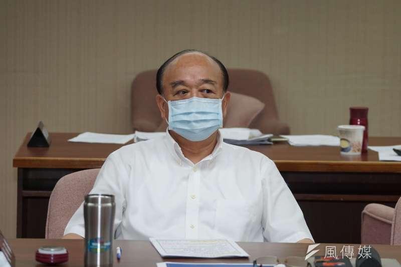 20200520-立委吳斯懷20日於衛環委員會質詢。(盧逸峰攝)