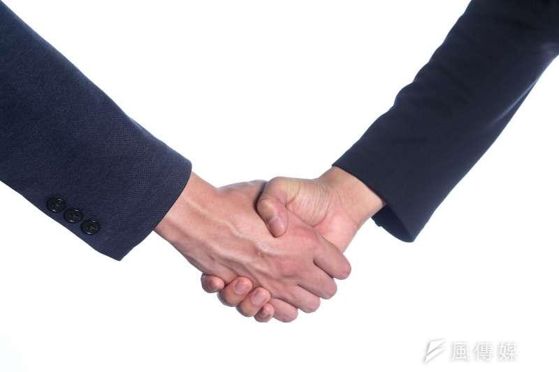 不少立委家族事業與其參加的委員會可能產生潛在的利益衝突問題,如何避免「瓜田李下」,值得觀察。(顏麟宇攝)