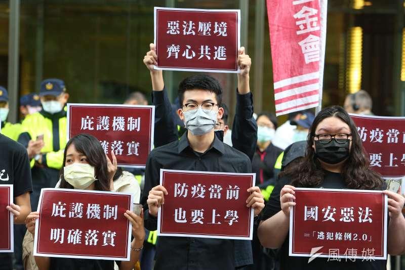 不管中港情勢如何演變,台灣唯有主動出擊,大力歡迎香港高階人才以及資金來台發展,才不會錯過這次與國際接軌的機會。(資料照,顏麟宇攝)