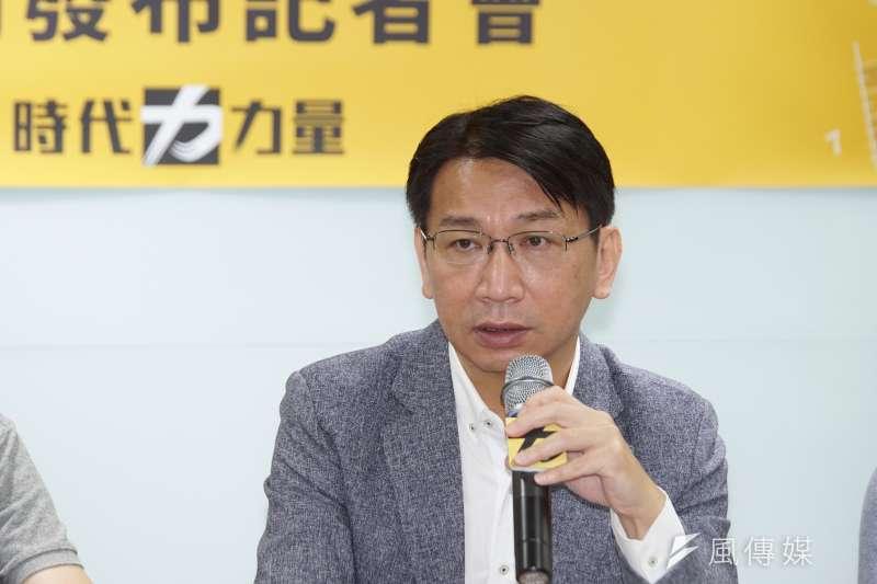 20200531-時代力量智庫31日針對蔡政府施政滿意度等公布民調,主席徐永明發言。(盧逸峰攝)