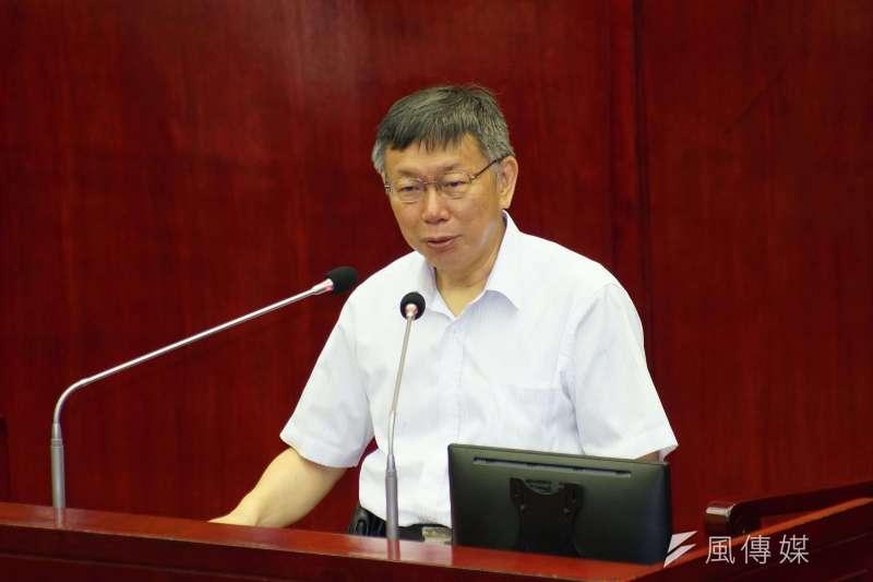 台北市長柯文哲(見圖)2日出席市政總質詢,針對罷韓再重申自己的立場,表示沒有介入,落井下石也不會。(盧逸峰攝)