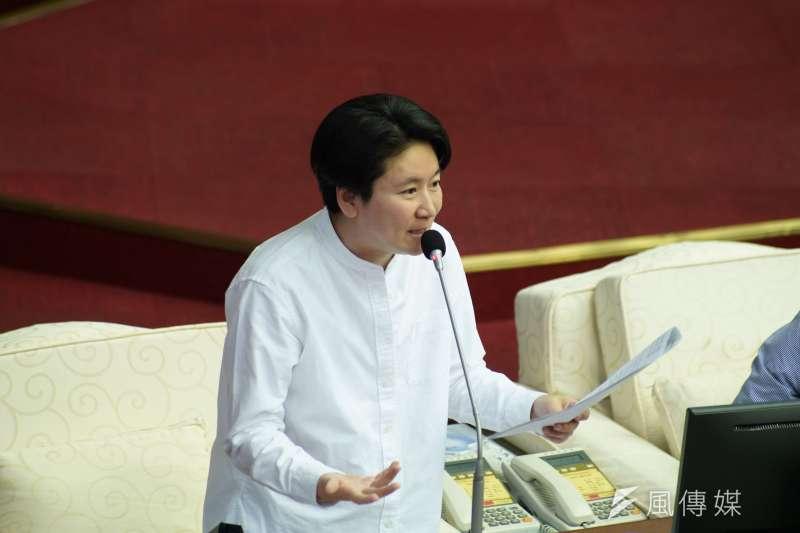 20200602-台北市議員許家蓓2日出席市政總質詢。(盧逸峰攝)