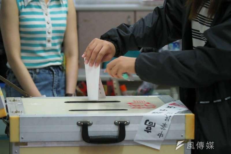 20200606-高雄市長韓國瑜罷免案投票6日登場。罷韓、罷韓投票、罷免韓國瑜、票匭。(新新聞林瑞慶攝)