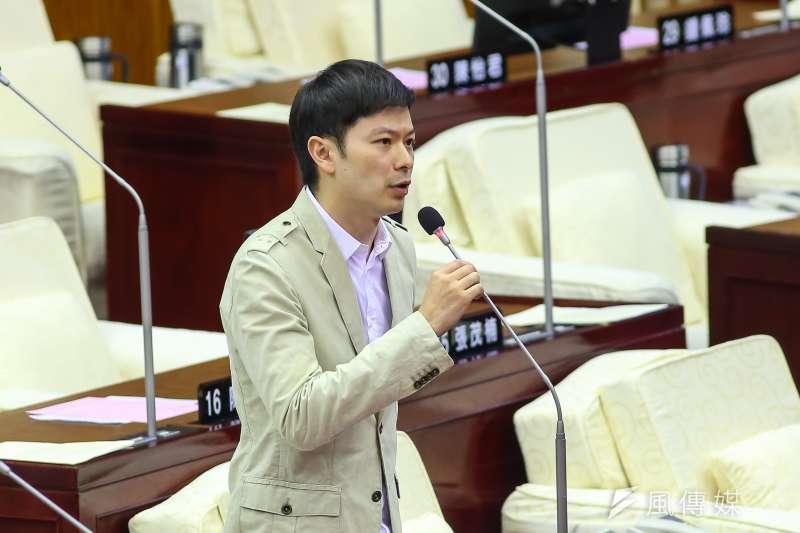 國民黨台北市議員李柏毅(見圖)表示,近來家長不願讓孩子入伍,擔憂孩子可能冒著上戰場的風險。(資料照,顏麟宇攝)