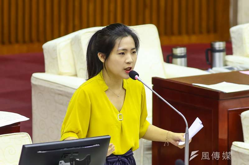 國民黨台北市議員徐巧芯表示,藍白合作的唯一方式就是互相尊重,並貫徹在野黨職責,「友達以上,戀人未滿」才是上策。(資料照,顏麟宇攝)
