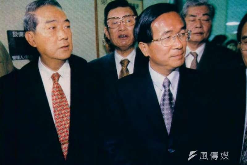 宋楚瑜(左)如果和陳水扁(左)合作,應是唯一會讓李登輝大怒的重要因素。(新新聞資料照)