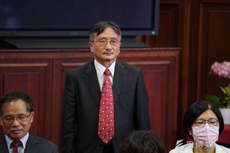 20200622-總統府22日舉行第6屆監察院被提名人記者會,被提名人賴鼎銘出席。(盧逸峰攝)
