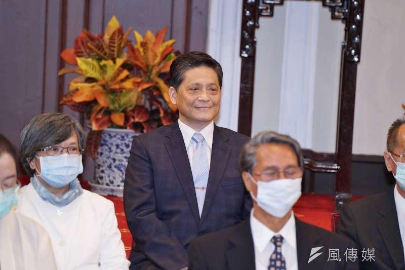 20200622-總統府22日舉行第6屆監察院被提名人記者會,被提名人賴振昌(後排中)出席。(盧逸峰攝)