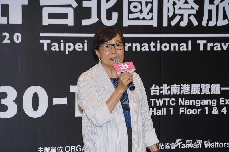 20200624-台灣觀光協會24日舉行記者會宣布「線上旅展」即將開跑,會長葉菊蘭致詞。(盧逸峰攝)