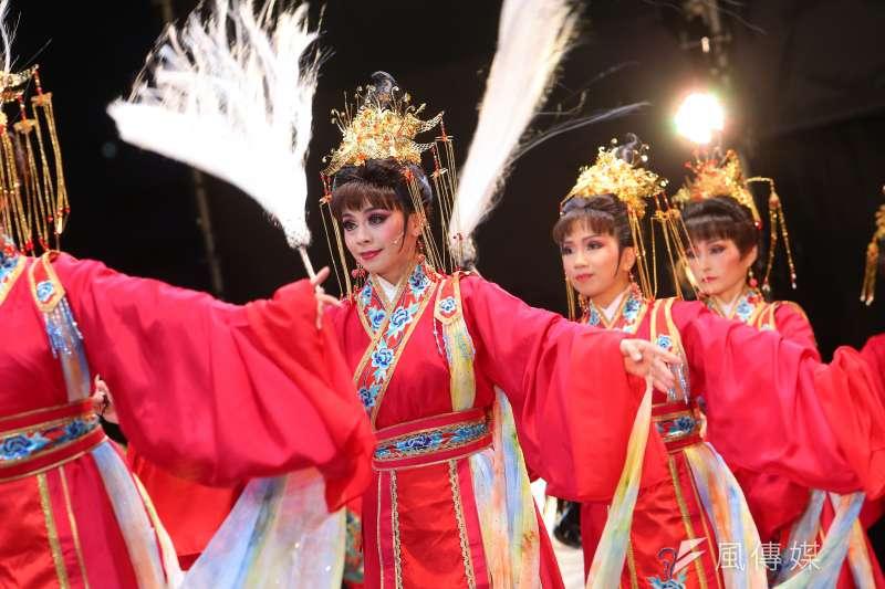 20200625-唐美雲歌仔戲團25日於總統府前「端午謝平安,藝文大匯演」活動演出。(顏麟宇攝)