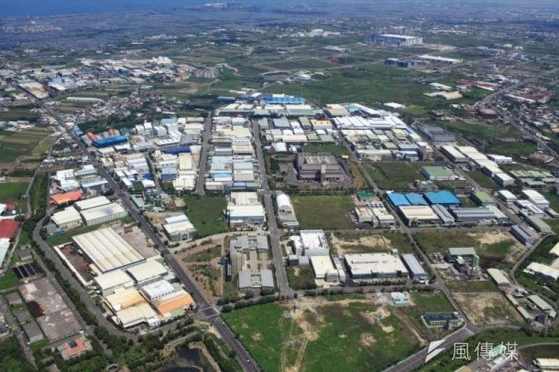 台開位於高雄岡山本洲工業區空拍圖。(圖/富比士地產王提供)