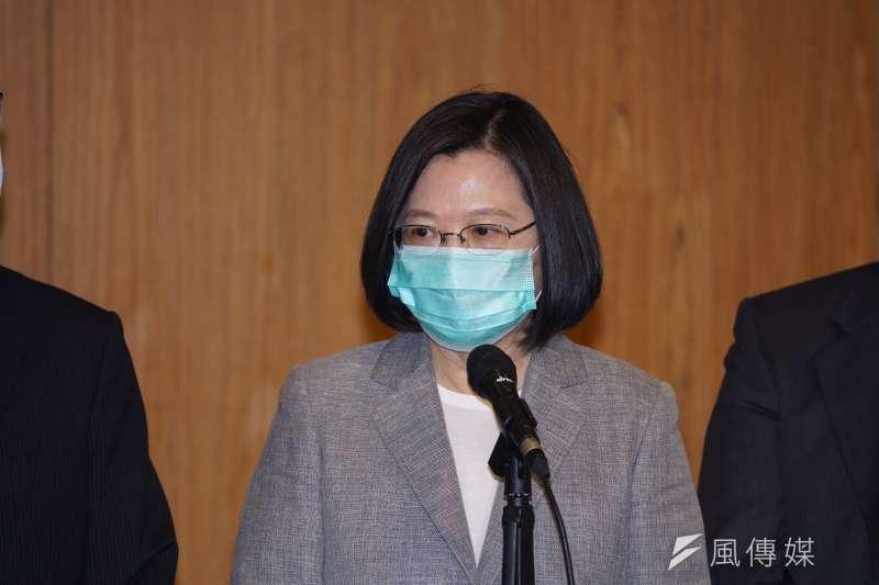 針對中國全國人大常委會通過《港版國安法》,總統蔡英文今(30)日下午表示,這不僅代表中國罔顧香港民意,更證明了「一國兩制」不可行。(盧逸峰攝)