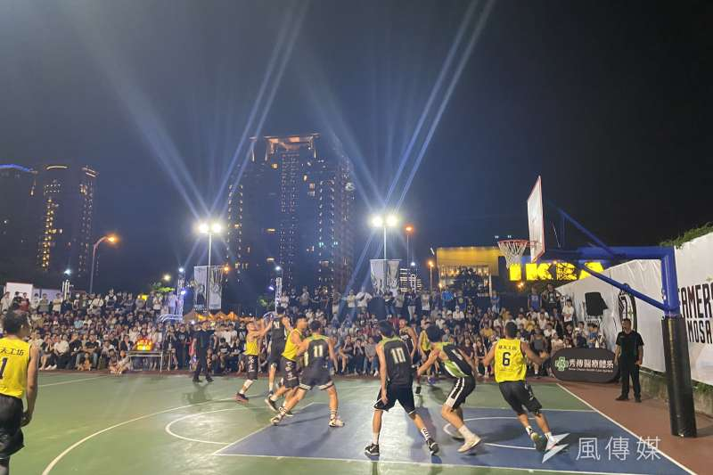 由NBA推廣的3對3籃球賽「國泰NBA 3x」7月4、5日在惠中籃球場點開戰,台中強權「魯肉飯」隊今年更將力拚3連霸。(圖/臺中市政府)