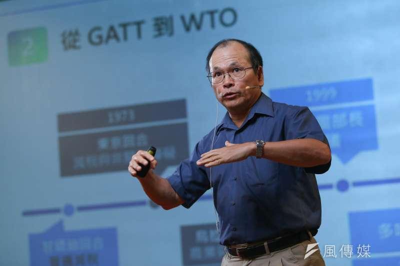 20200704-政大經濟系教授林祖嘉4日出席思沙龍「美國的下一步? 全球化與反全球化的經濟大浪潮」座談。(顏麟宇攝)