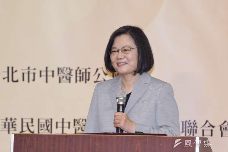 總統蔡英文表示,她已經要求,國防部要全力照顧弟兄姐妹,尤其在意外事件受傷、殉職的同袍,都要給予最好的照顧。(盧逸峰攝)