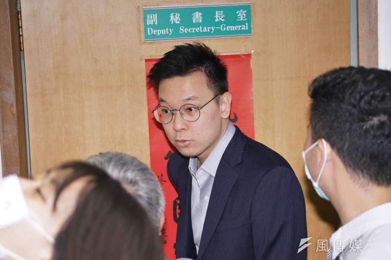 民進黨副秘書長林飛帆15日批評大陸事務部主任左正東,台灣人不脆弱,脆弱的是國民黨。(資料照,盧逸峰攝)