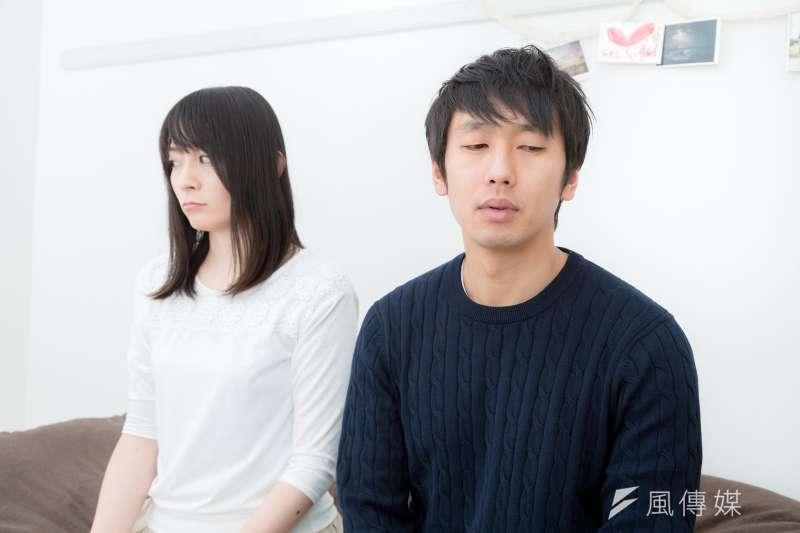 男朋友、女朋友心情不好時,另一半應該怎麼做最好呢?(圖/取自pakutaso)