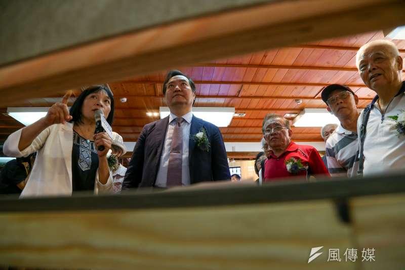 促進轉型正義委員會主委楊翠(左)、政務委員羅秉成(中)10日出席「促轉會社會對話展開幕活動 」。(顏麟宇攝)