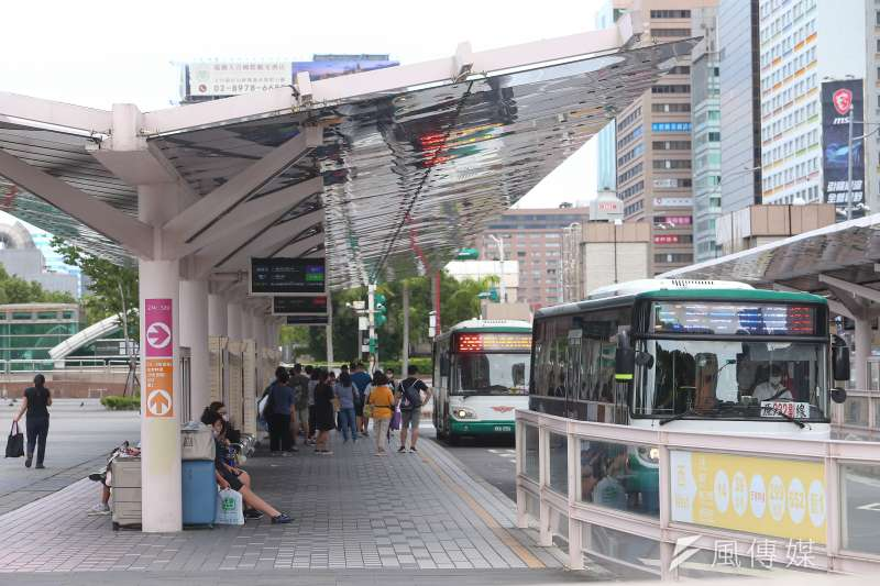 20200711-台北車站公車站。(顏麟宇攝)