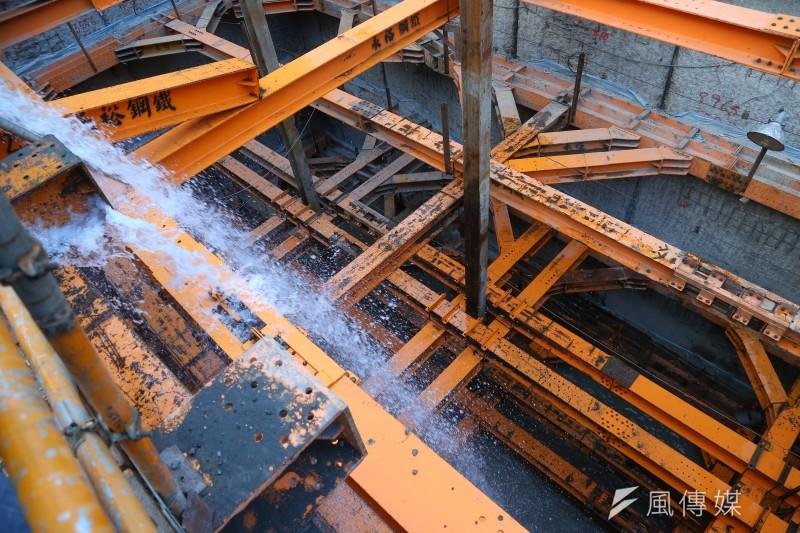 台中市北屯區一處建築工地今天中午發生工安意外。(非當事工地,示意圖/顏麟宇攝)