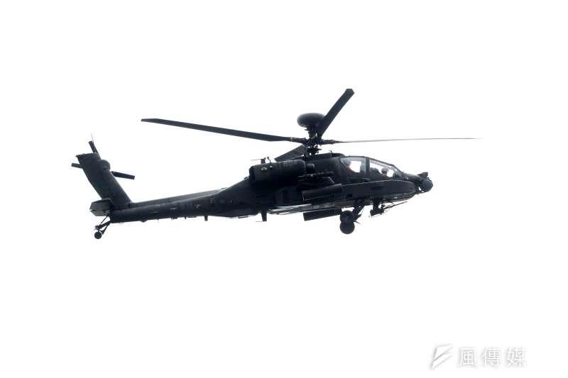 20200716-台中甲南海灘進行的「聯合反登陸作戰操演」,圖為AH-64E阿帕契攻擊直升機。(蘇仲泓攝)