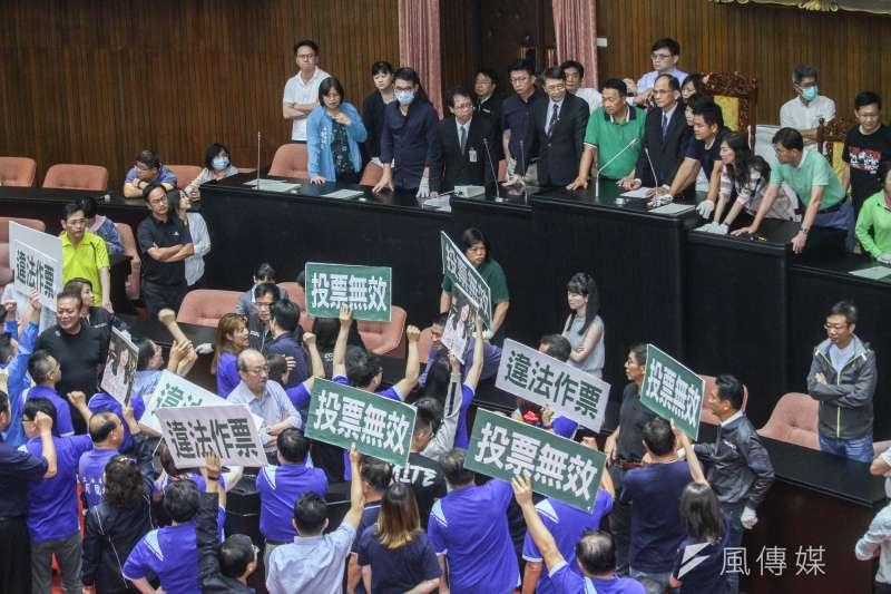 20200717-立院17日進行監院人事投票,國民黨一開始即表達審查無效,投票無效立場。(蔡親傑攝)