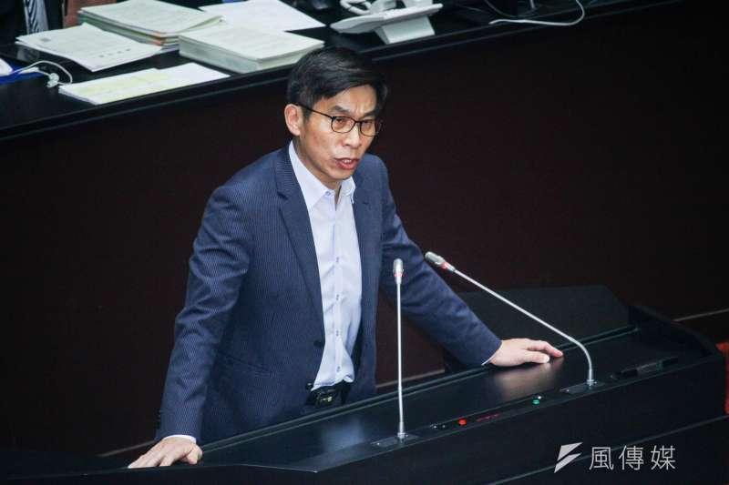國會爆出集體收賄案,民進黨立委鍾佳濱表示,現階段最重要的是運用手中職權去建立制度、捍衛法律。(資料照,蔡親傑攝)