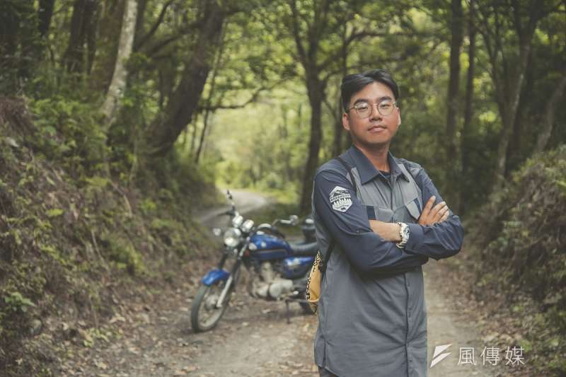 擔任護管員六年來,周克儒即使曾因協勤山火救援累到虛脫或被虎頭蜂叮得滿頭包,卻還未想過離開的一天。(圖/謝昇佑攝)