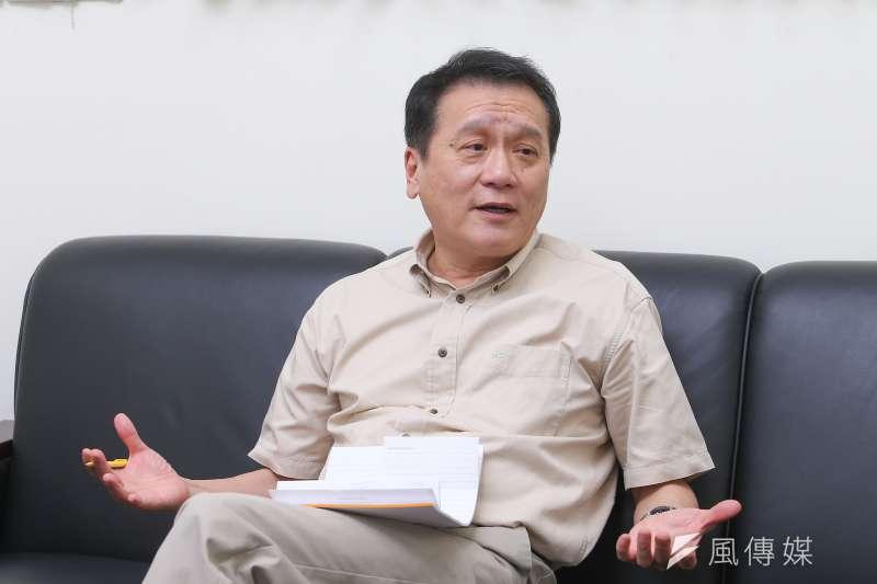 中研院院士朱敬一接受《風傳媒》專訪時指出,WTO有許多結構性問題不解決,誰當秘書長都難以進行大幅度改革。(顏麟宇攝)